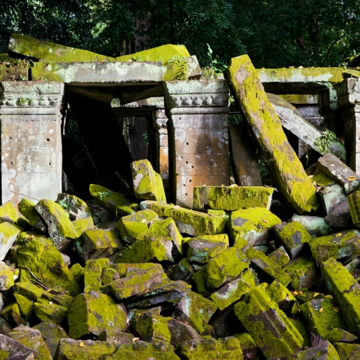 Love Ruins