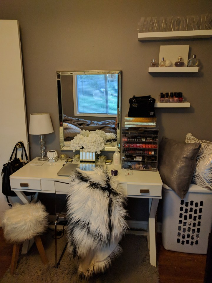 From Drab to Fab: My RoomMakeover