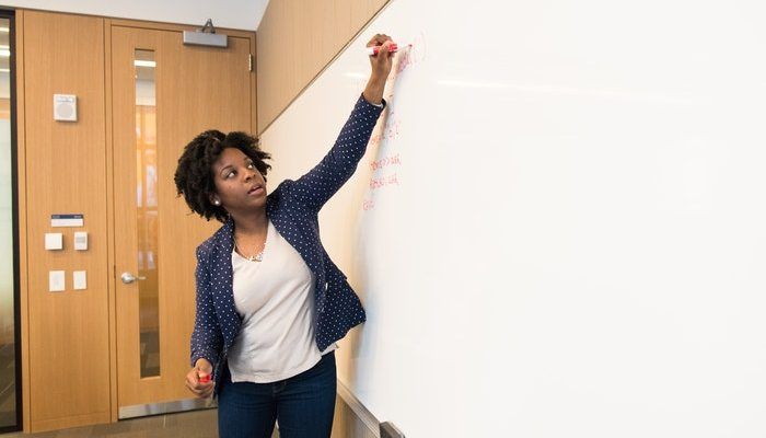 Careers In Education : A Quick & Thorough Guide